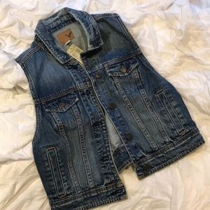 American Eagle Outfitters Jackets & Coats - AEO Cropped Jean Vest